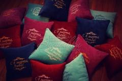 именная подушка к 8 марта