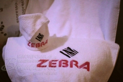 вышивка на полотенцах и салфетках Zebra