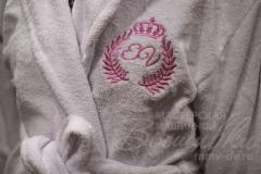 именная вышивка на махровом халате (3)
